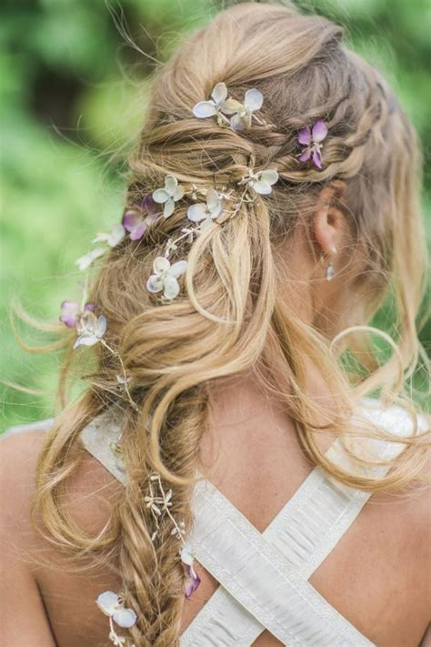 Messy Boho Long Bridal Hairstyle With Hydrangea Long