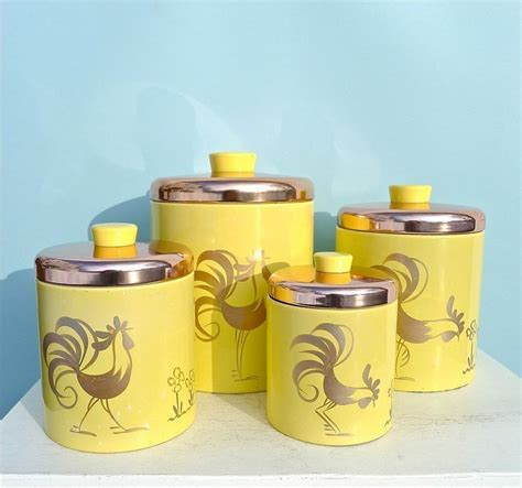 Best 25  Vintage canisters ideas on Pinterest   Midcentury