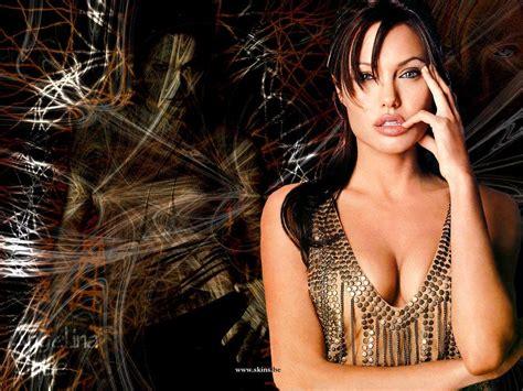 Angelina Jolie Tits Bikinimela
