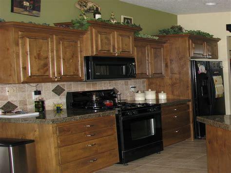mint green kitchen paint green countertops mint green kitchen walls color 7527
