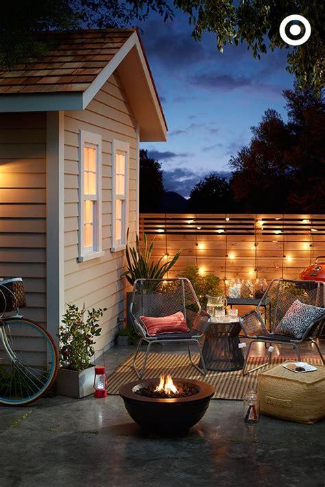 key   cozy backyard escape set  mood  lighting