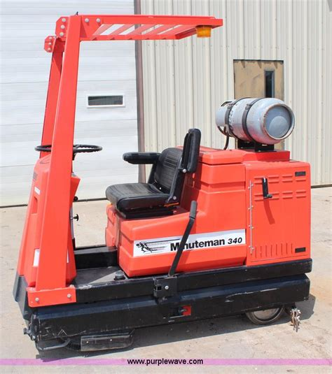 Minuteman Floor Scrubber by Minuteman 340 Floor Scrubber No Reserve Auction On