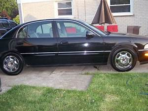 Buy Used 1997 Buick Park Avenue Ultra Black 4
