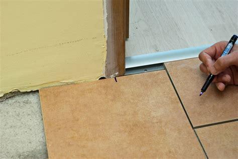 laminate flooring door jamb laminate flooring laminate flooring around door jambs