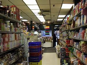 Market Tours: Visit Carmel Grocery in Forest Hills for ...