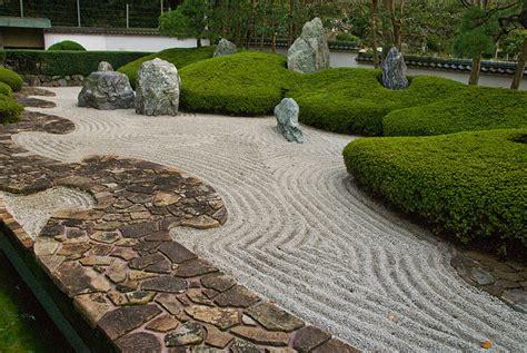 japanese zen rock garden rock gardens on pinterest japanese rock garden zen and rocks