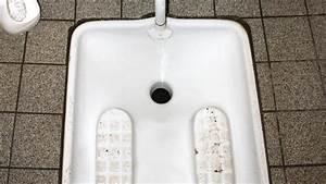 Rohrreiniger Für Toilette : toilette f r muslime k lner b rgerzentrum baut kultursensibles klo ~ Frokenaadalensverden.com Haus und Dekorationen