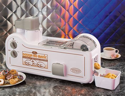 Automatic Mini Donut Maker ? GeekAlerts