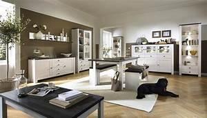 Bilder Modern Wohnzimmer : wohnzimmereinrichtung klassisch ~ Orissabook.com Haus und Dekorationen