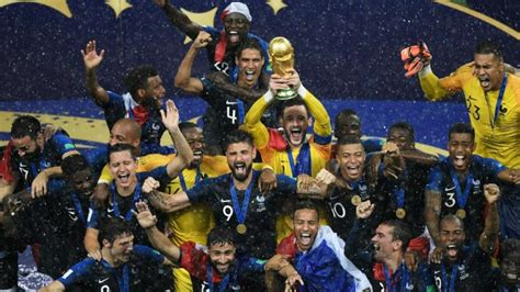 France Trounce Spirited Croatia Lift World Cup After