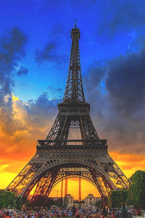 036 33610 — wearevanity: Eiffel Tower Sunset   WAV
