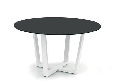Manutti Fuse Round Garden Table   Contemporary Garden Furniture   Garden Tables