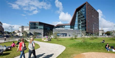 Cutting-edge Vle For Plymouth University
