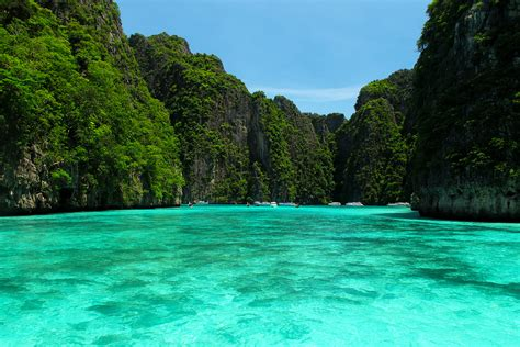Phi Phi Islands Thailand  Travelling Moods