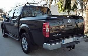 Nissan Navara Double Cabine : couvre benne nissan navara d40 king cab avec arceau cover truck ~ Gottalentnigeria.com Avis de Voitures