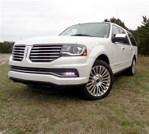 review  lincoln navigator   ford truckscom