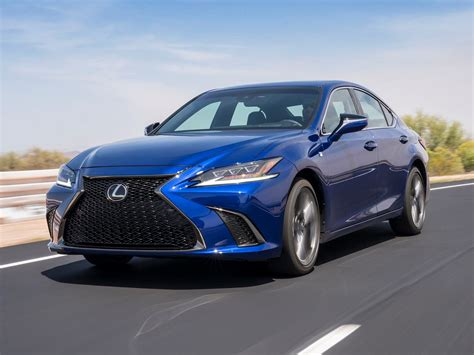 2019 Lexus Es Revealed With F Sport Model To Rival Bmw 5