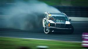 Mercedes Drift - WallDevil