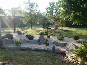 massifs espaces verts jardin arrosage terrasses With amenager un jardin paysager 17 jardin de saint adrien