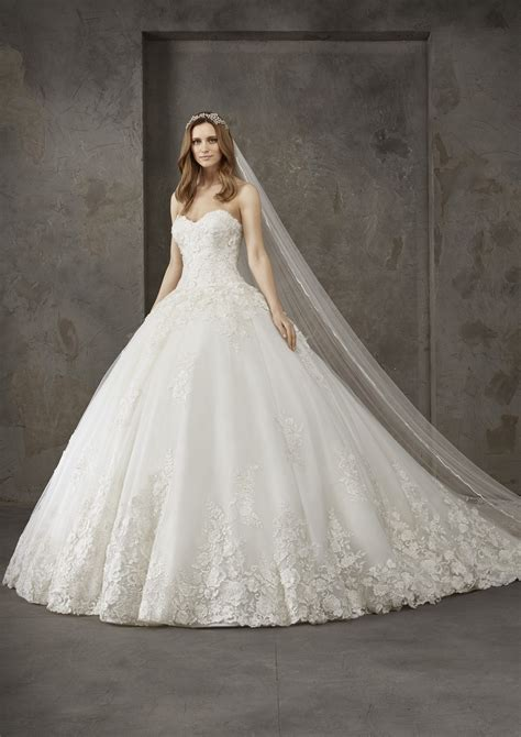 san patrick wedding dresses pronovias privee   riga