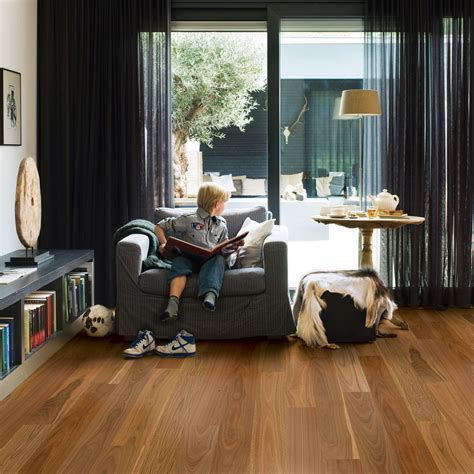 Quick Step ReadyFlor Spotted Gum 1 Strip