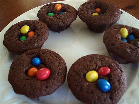 petit dessert au chocolat recette de petits g 226 teaux au chocolat et m m s