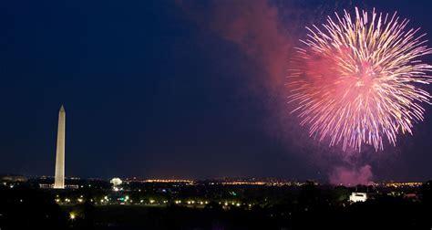 july trump fourth fireworks celebration president hosts getty livestream washington mall dc