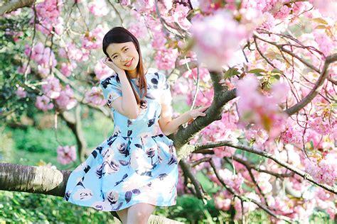 spring portrait shoot  regents park margarita karenko