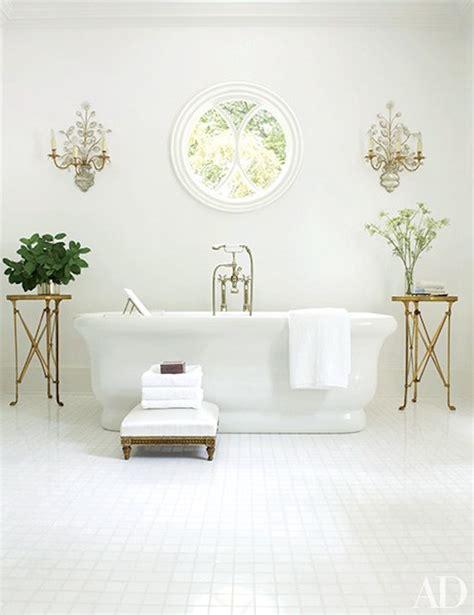 White Spa Bathroom Ideas by 10 Astonishing Ideas To Spa Up Your Luxury White Bathroom