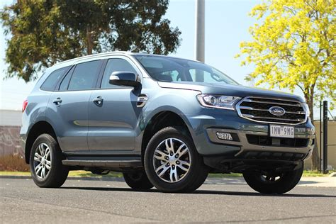 ford everest trend  litre rwd review