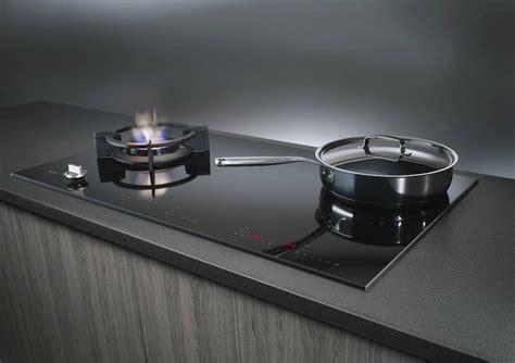 Piani Cottura Combinati Induzione E Gas by Cottura Integrata E Professionale Ambiente Cucina