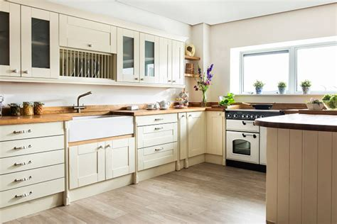 solid wood kitchens competition win cabinets  worktops