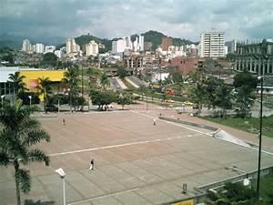 Fotos de Plaza cívica ciudada Victoria Pereira 72245