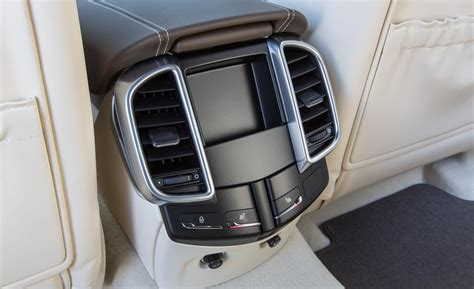 Cayenne Back Seat by Porsche Cayenne Turbo S Rear Seat Vents And Heated Seat