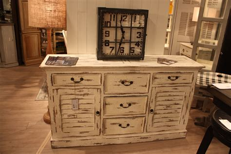 Ideas For Painted Kitchen Cabinets - the secrets behind distressed furniture and shabby chic decors