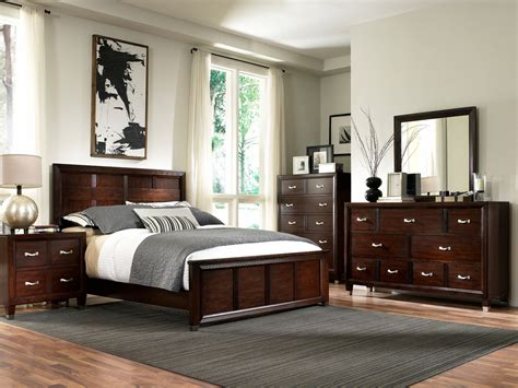 broyhill bedroom sets eastlake 2 panel bedroom set from broyhill 4264 250 261 10961   4264 b7850 4 1