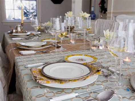 tips  storing  table linens hgtv