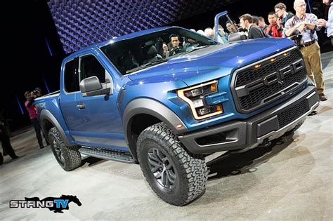 Ford F 150 Raptor Picture by 2017 Ford F 150 Raptor Specs And Pictures Lmr