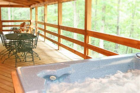 Maybe you would like to learn more about one of these? Eureka Springs Cabins near Beaver Lake - Silver Ridge Resort