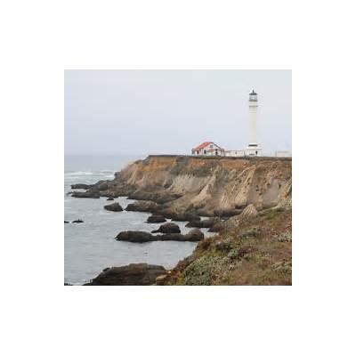 Point Arena Lighthouse CA - California Beaches