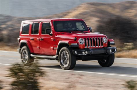 2019 Jeep 2 0 Turbo Mpg by 2018 Jeep Wrangler 2 0l Turbo Four Gets Up To 23 Mpg In