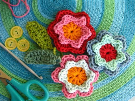 come fare i fiori a uncinetto uncinetto fiori doppi tutorial blogmamma it