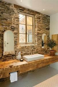 Idée Meuble Salle De Bain : id e d coration salle de bain jolie salle de bain avec mur en pierres meuble salle de bain ~ Teatrodelosmanantiales.com Idées de Décoration