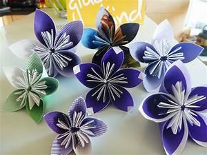 Blüten Aus Papier : hochzeits diy kusudama papierblumen und brautstrau taufe pinterest blumen ~ Eleganceandgraceweddings.com Haus und Dekorationen