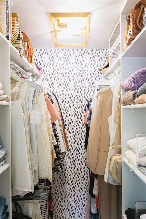 best 25 closet wallpaper ideas on diy