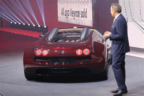 But it's possible that this 450th copy is already captured at the factory in molsheim. Bugatti Bids Farewell to Veyron with One-off La Finale Edition