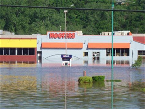 It's one of the best restaurants in clarksville, tn. Catching Up With the Corciones!: Tennessee Flood of 2010