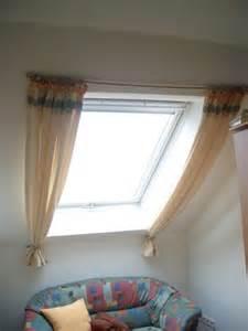 Vorhänge Für Dachflächenfenster : gardinen bergardinen vorh nge f r k chen dachschr gen in ~ Michelbontemps.com Haus und Dekorationen