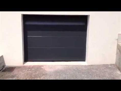 porte de garage quot la toulousaine quot motoris 233 e et pos 233 e par apg acc 232 s portes de garage