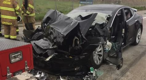 Driver In Latest Tesla Crash Says Autopilot Was Engaged